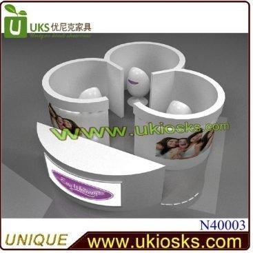Teeth whitening Kiosk