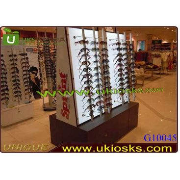 Sunglasses Kiosk